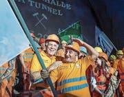 Tunnelarbeiter feiern den Ruckhalde-Durchstich. (Bild: Michel Canonica)