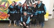 Marc Näf, Reto Dünner, Marlen Weidmann, Ramon Bockmühl, Sabrina Kohler, Marc Berlinger und Roman Schwendener (vorne kniend) gehören dem neuen, verjüngten Mufu-Komitee an. (Bild: PD)