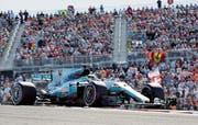 Zum vierten Mal in Folge sicherte sich Mercedes mit Fahrer Lewis Hamilton den WM-Titel der Konstrukteure. (Bild: Eric Gay/AP)
