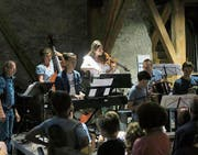 Die Musikschülerinnen und -schüler zeigten mit verschiedenen Instrumenten und auch solistischem Gesang grosse Spielfreude. (Bild: PD)
