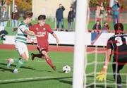Der FC Frauenfeld (rot) lieferte sich mit dem FC Kreuzlingen ein spannendes Duell. (Bild: Mario Gaccioli)