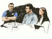 Der vierfache Mörder von Rupperswil AG (Bildmitte) wird verwahrt. Das Bezirksgericht Lenzburg verhängte eine lebenslängliche Freiheitsstrafe und ordnete eine ordentliche Verwahrung an. (Bild: KEYSTONE/SIBYLLE HEUSSER)