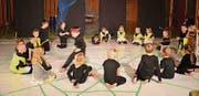 Die Kesswiler Kinder haben ein Theaterstück zum Thema Netz einstudiert. (Bild: pd)