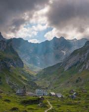 Die Meglisalp ist eines von über 20 Gasthäusern im Wandergebiet Alpstein. (Bild: pd)