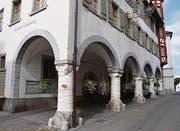 Im Rathaus Lichtensteig ist auch diese Woche die Kunst zu Gast. (Bild: Urs M. Hemm)
