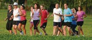 Gemeinsam auf weiter Strecke: Die Jogging-Gruppe Arbon trifft sich seit 16 Jahren zum Training. (Bild: Thomas Riesen)