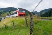 Der Bund ist der Ansicht, dass in der Schweiz ein einheitlicher Standard in Sachen selbstfahrende Züge entwickelt werden soll. (Bild: KEYSTONE)