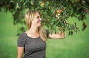 Sie ist sehr heimatverbunden: Die Apfelkönigin 2017 Angela Stocker.