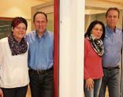 Sie führen die Gautschi Fensterbau AG – trotz Rollentausch an der Spitze – gemeinsam in die Zukunft, von links: Luzia und Robert Fuchs (neue Inhaber) sowie Marlies und Kurt Gautschi (bisherige Inhaber). (Bild: ART)