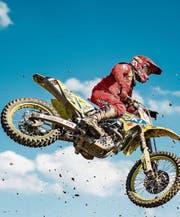 Kategorienwechsel: Jeremy Seewer ist ab sofort auf einer Maschine mit 450 ccm unterwegs. (Bild: Benjamin Manser/KEY)