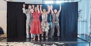 Rotes Velo hat sich von einer reinen Tanzkompanie zur Performance-Truppe entwickelt. (Bild: Urs Bucher)