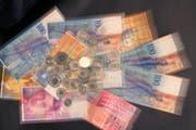 Die Pensionskasse des St.Galler Staatspersonals muss ihren technischen Zinssatz auf 3 Prozent senken. (Bild: Ralph Ribi)