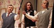 Das KliWi-Theaterensemble bietet in «Miss Sophies Erbe» eine überzeugende Leistung und dem Publikum einen entspannten wie spannenden Theaterabend. (Bild: Christof Lampart)