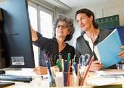 Antonella Bizzini, Leiterin der Infostelle Frau und Arbeit, und Annina Villiger, Präsidentin der Frauenzentrale Thurgau. (Bild: Donato Caspari)