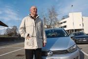Peter Schnyders Auto ist repariert worden; auf die Rückerstattung seiner Anwaltskosten wartet er noch. (Bild: Thomas Wunderlin)