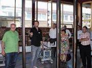 «Best of the Best»: Bei den Verantwortlichen der Fenster Huber AG herrscht grosse Freude über die Auszeichnung. (Bild: Red Dot)
