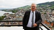 Manche nennen ihn den König von Rorschach: Thomas Müller (SVP) möchte wieder mehr Familien in «seine» Stadt locken. (Bild: Janina Gehrig)