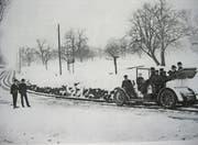 Im Winter 1908 sorgte das zwischen Rorschach und Heiden verkehrende Schienenmobil für grosses Aufsehen. (Bild: PD)