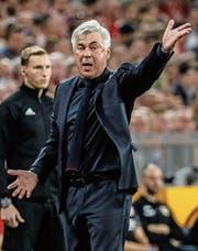 Bayern soll im Vertrag mit Carlo Ancelotti eine Ausstiegsklausel festgeschrieben haben. (Bild: Ronald Wittek/EPA)