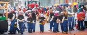 Der Turnverein Bischofszell hat für seine Teilnahme am Fasnachtsumzug das Motto «Popeye» gewählt und lässt seine jüngsten Mitglieder im Matrosenkostüm auftreten. (Bilder: Andrea Stalder)