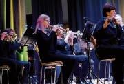 Beim Adventskonzert der Music Friends ist volle Konzentration gefragt. (Bilder: Rudolf Steiner)