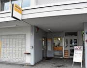 Seit der Schliessung der Poststelle Azmoos im April 2017 stellt die Post AG eine «moderate Zunahme» der Kundengeschäfte in der Post Trübbach fest. (Bild: Thomas Schwizer)