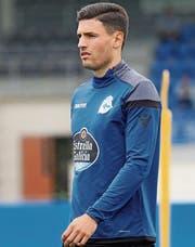 Volle Konzentration: der Wiler Fabian Schär im Trainingsdress von Deportivo. (Bild: Deportivo La Coruña)