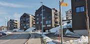 Gibt in der Bevölkerung zu diskutieren: Überbauung Friedberg, dorfeingangs aus Richtung Rheineck. Dahinter steht eine ältere Häuserzeile. (Bilder: eg)