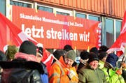 Ein Grossteil der rund 40 Betroffenen streikt. (Bild: Max Eichenberger)