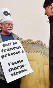 Einmanndemonstration für die Erhaltung des Frühfranzösisch. (Bild: Archiv)