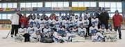 Rund 40 Bambinis und Piccolos des SC Herisau haben am gestrigen Swiss Ice Hockey Day mit NLA-Stars trainiert. (Bilder: Mea Mc Ghee)