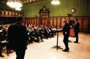 Podium der Thurgauer Zeitung im Januar: Ueli Fisch und Walter Schönholzer stellen sich den Fragen von TZ-Redaktionsleiter David Angst. (Bild: Donato Caspari)