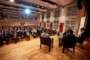Sebastian Wörwag, Rektor der FHS, leitet die Gesprächsrunde mit Ueli Manser, Direktor Appenzeller Kantonalbank, René Rohner, Gewerbepräsident AR und Albert Manser, Gewerbepräsident AI. (Bild: PD)