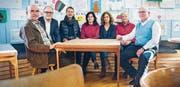 Präsentieren die Internetplattform: Karl Kohli, Reto Ammann, Daniela Jost, Jeanette Ledergerber, Katrin Rutishauser, Felicitas Fiala Jaussi und Jürg Hofer. (Bild: Andrea Stalder)
