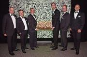 Die Vorstandsmitglieder von Jardin-Suisse Ostschweiz feiern den 100. Geburtstag ihres Verbandes. (Bild: PD)
