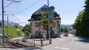 Nur noch offen bis Dezember 2018: Der Billetschalter im Bahnhof Teufen. (Bild: pd)