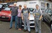 Geschäftsleiter Bernhard Rüegg und seine Frau Vreni, Werkstattchef Roman Widmer und Mitarbeiter Michael Kuratli (von links). (Bild: pd)