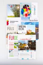Viele Gemeinden haben ihre eigenen Publikationsorgane. (Bild: Urs Bucher)