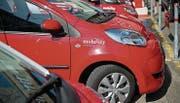 Option auch fürs Baudepartement: Die roten Mobility-Autos gehören inzwischen in vielen Gemeinden zum Ortsbild. (Bild: Ralph Ribi)