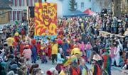 Die Jungwacht organisierte den ersten Lenggenwiler Umzug – 40 Jahre später ist sie mit vielen Clowns dabei. (Bilder: Zita Meienhofer)