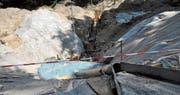 In den letzten Wochen ist viel Erde bewegt worden: Die Grube ist viele Meter tief. (Bild: Markus Schoch)