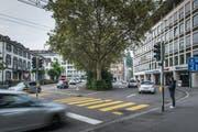 """Im """"Union"""" (rechts) sollen künftig die Kantons- und die Stadtbibliothek untergebracht werden. (Bild: Michel Canonica)"""