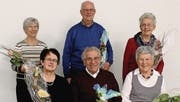 Elisabeth Gantenbein, Robert Dubacher, Ruth Eggenberger (hinten von links) sowie Emma Vorburger, Ernst Meier und Kathrin Vetsch (vorne von links) wurden für ihre langjährige Mitgliedschaft geehrt. (Bild: pd)