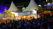 Von 20 Proben am diesjährigen Open Air Frauenfeld wurden vier beanstandet. Für die Festivalbesucher waren die Speisen laut Experten aber nicht gesundheitsgefährdend. (Symbolbild) (Bild: Mario Testa)