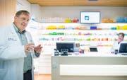 In Münsterlingen gibt es seit 2014 eine Spitalapotheke: Geschäftsführer Rainer Andenmatten. (Bild: Andrea Stalder (11. August 2017))