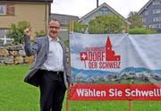 """""""Emotionen wie ein Sportler"""": Schwellbrunns Gemeindepräsident Hansueli Reutegger hat nicht mit dem Sieg gerechnet. (Bild: Patrik Kobler)"""