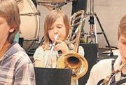 Sophie Bright spielt Posaune bei den Swing Kids. (Bild: Michèle Vaterlaus)