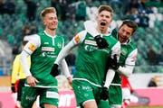 Wird Cedric Itten (Mitte) auch gegen Lausanne jubeln können? (Bild: freshfocus)