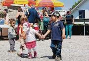 Jung und Alt besuchten das Spielgruppenfest in Goldach. (Bild: pd)