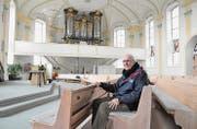 Seit Anfang der 1970er-Jahre ist Walter Keller Organist in der evangelischen Kirche Altnau. (Bild: Urs Brüschweiler)